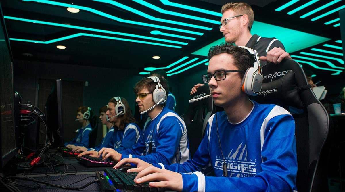 Esports May Come to High Schools, Already Expanding at Colleges