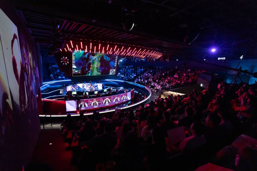 Riot suspends LCK amid coronavirus concerns