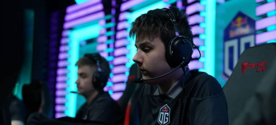 Team Spirit bench iLTW and part ways with nongrata